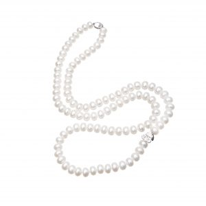 28 Berry Pearl Necklace White